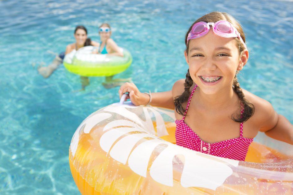summer bbq swimming pool dental health